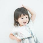 2歳バースデー記念の撮影!かわいいポーズ - 宇都宮のフォトスタジオ イマピクトで