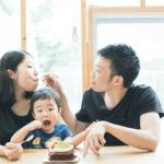 キッズ、2歳バースデー!バースデーケーキを家族で食べる。パパママ仲良し♥ - 宇都宮のフォトスタジオ イマピクトで