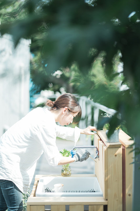 庭先DIY、先日作った檜風呂のような何かをリメイクしていきます