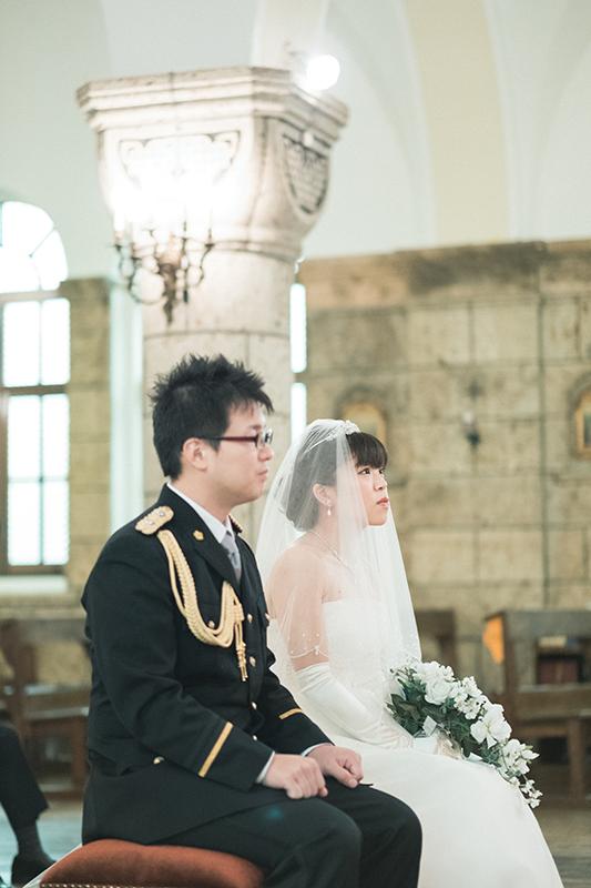 ウエディング、宇都宮の松が峰教会で挙式。