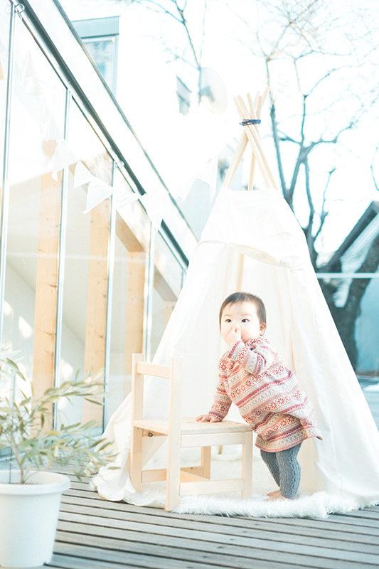 1歳バースデーフォト、みきちゃん!夕暮れティピーテント