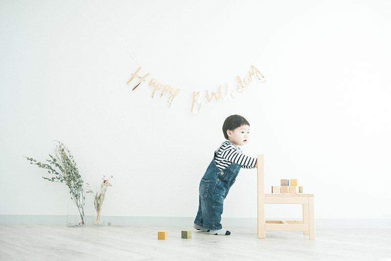 バースデーフォト、1歳、こうせいくん!お洒落なガーランドと