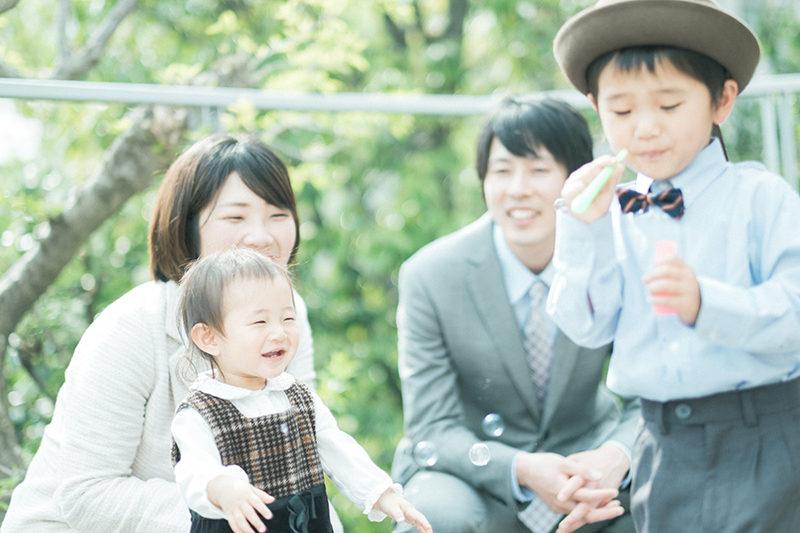 入園フォト、しょうごくん!家族写真