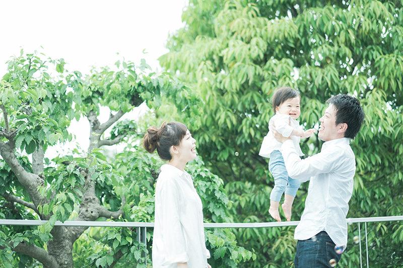 1歳バースデーフォト、ふみやくん!家族写真