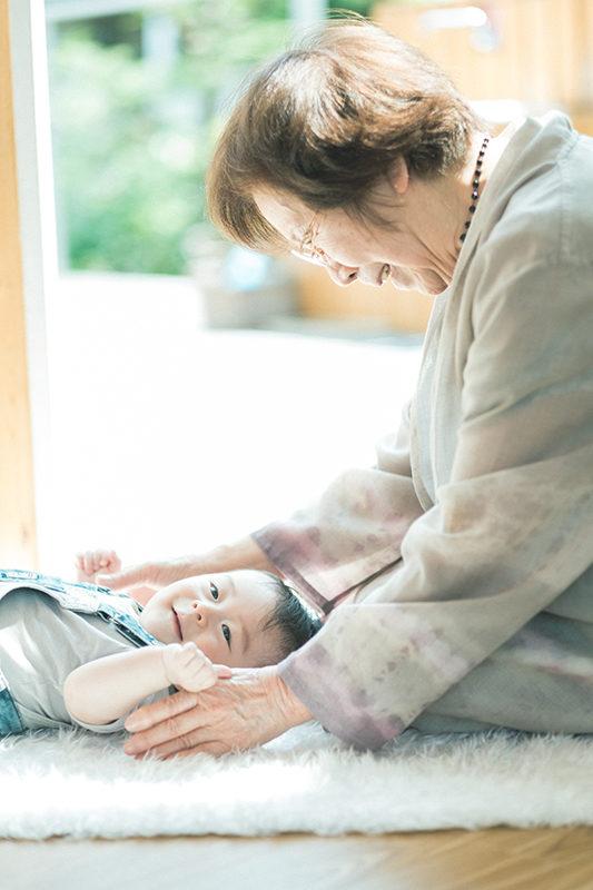 初節句、家族写真、親族集合!ゆいとくん、ひいおばあちゃんと