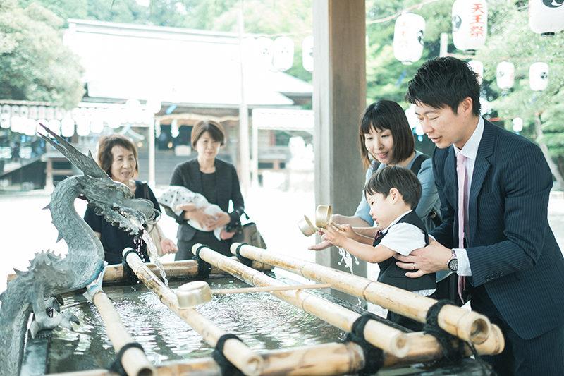 宇都宮二荒山神社、お宮参り出張撮影、はるくん!手水