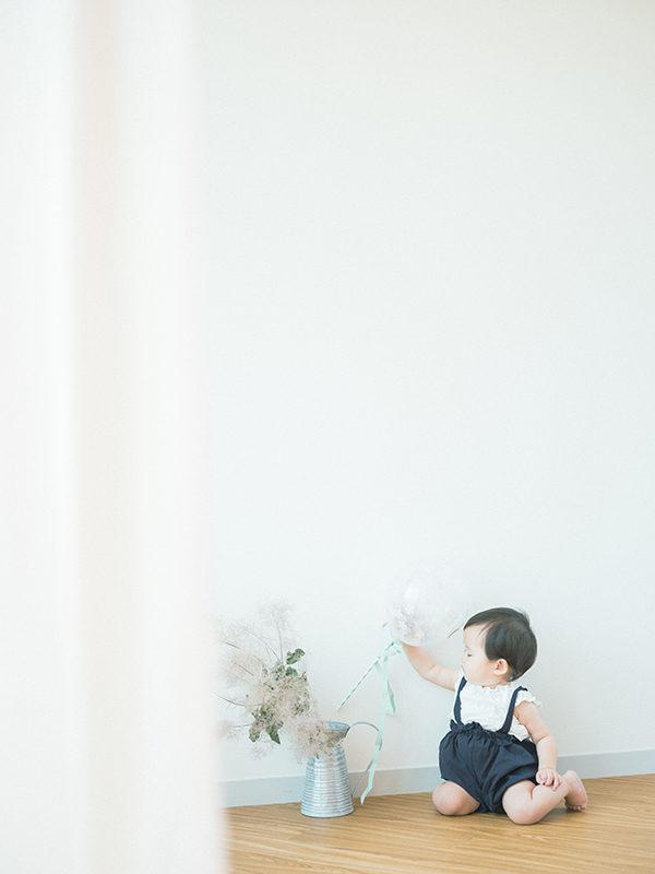 1歳バースデーフォト、まおちゃん!ナチュラルに