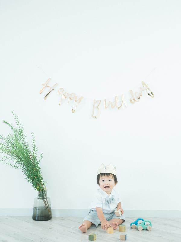 1歳バースデーフォト、ゆづるくん!お洒落な帽子