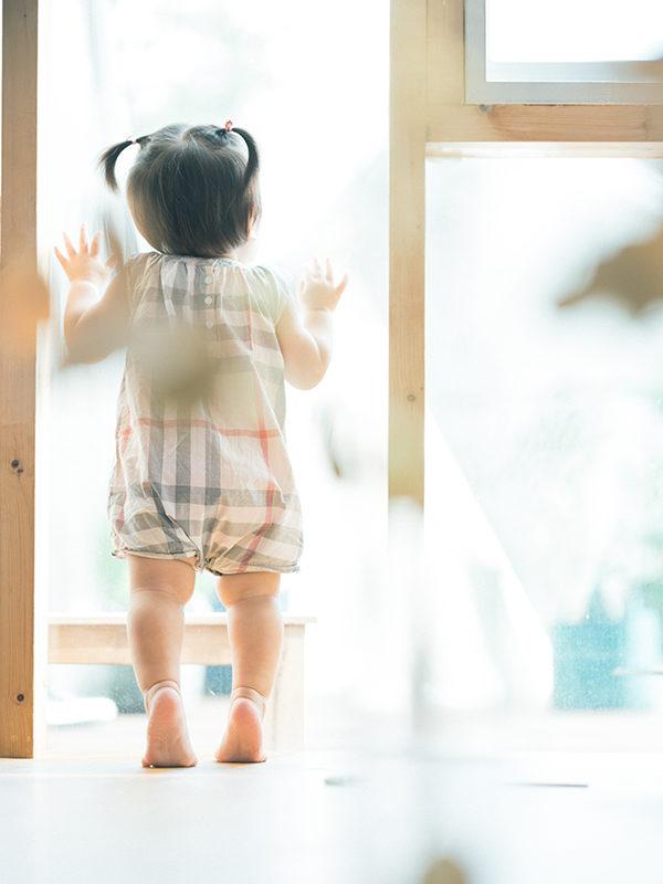 1歳バースデーフォト、すずえちゃん!後ろ姿