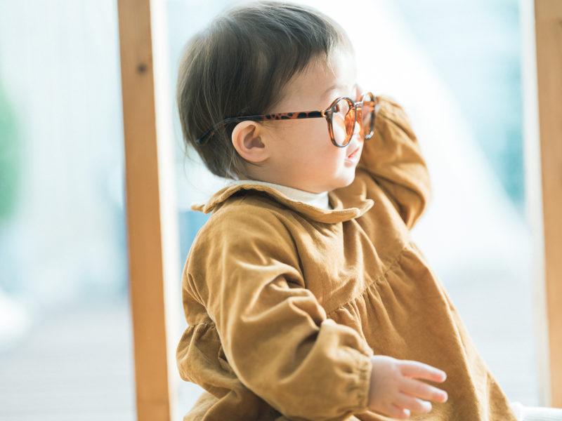 1歳バースデーフォト、りくくん!お洒落メガネ