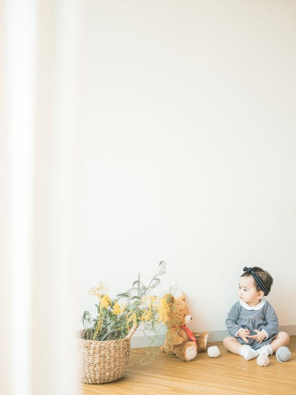 1歳バースデーフォト、えまちゃん!ミモザ、ナチュラル