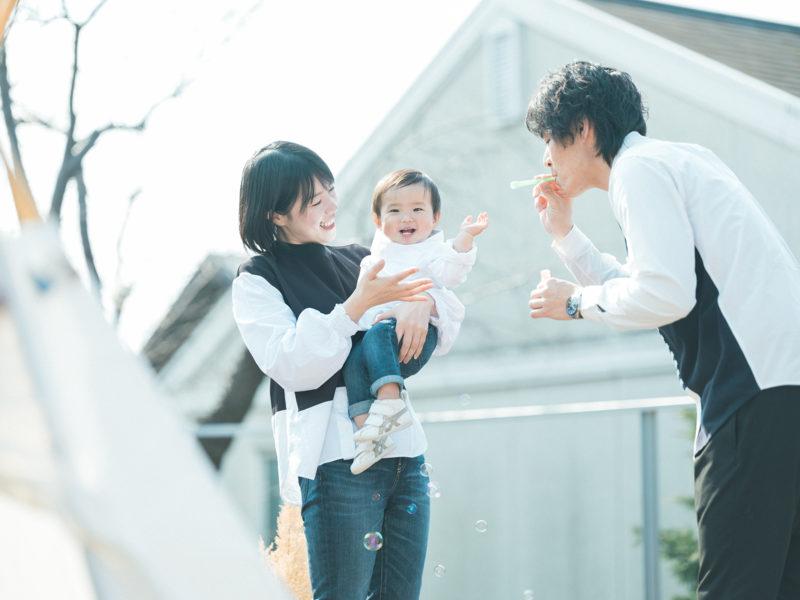 1歳バースデーフォト、れいじくん!家族写真