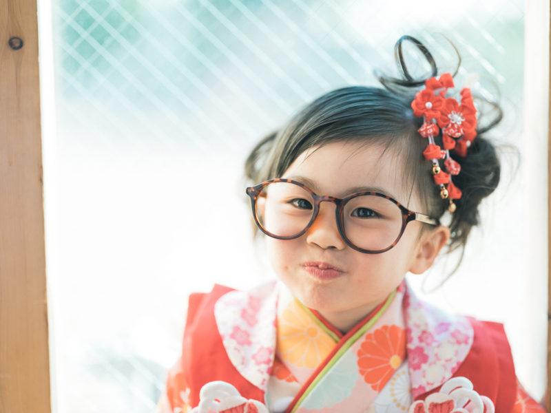 3歳七五三、りあちゃん!お洒落メガネ