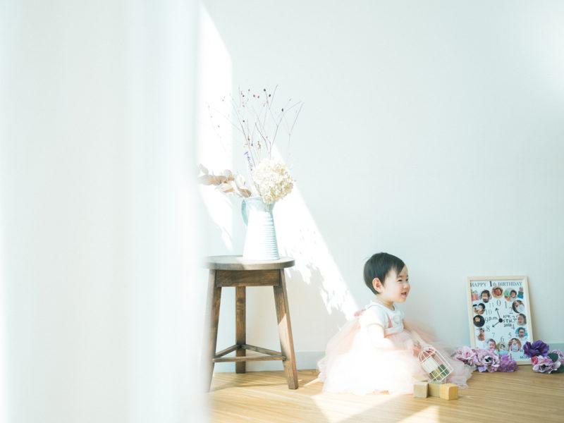 1歳バースデーフォト、あかりちゃん!ドレス