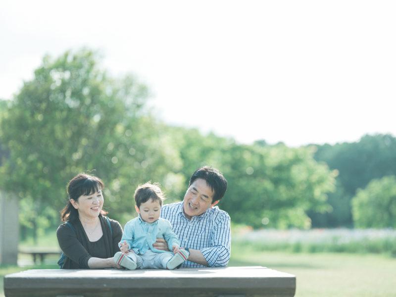 出張ロケーションフォト、たっくん、家族写真!おじいちゃん、おばあちゃんと