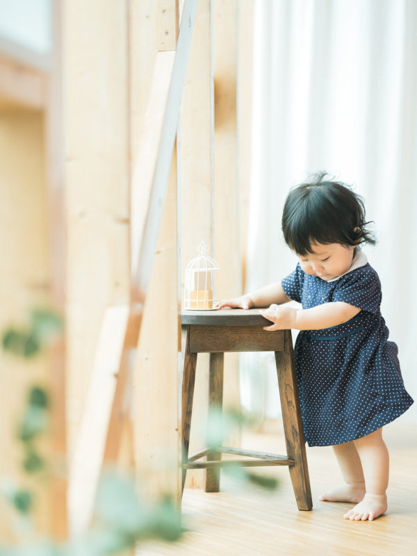 1歳バースデーフォト、りおちゃん!お洒落なワンピース