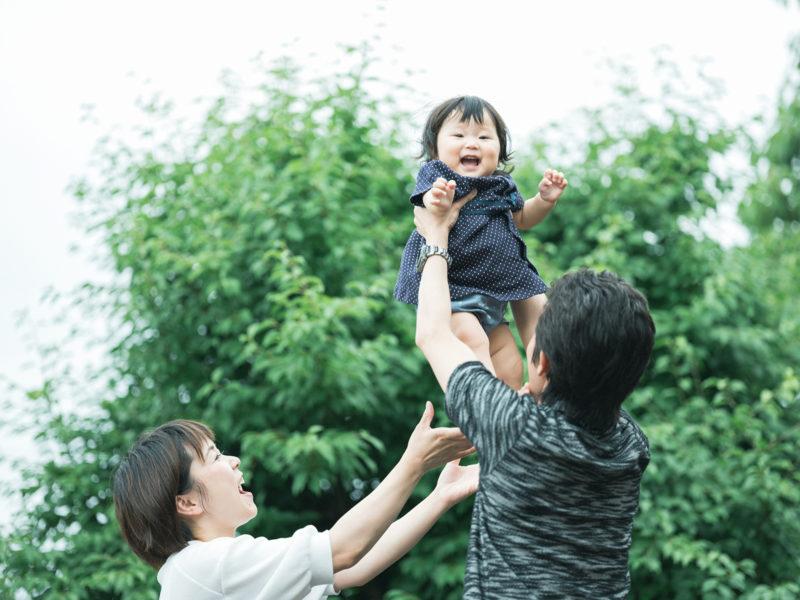 1歳バースデーフォト、りおちゃん!家族写真