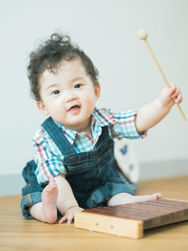1歳バースデーフォト、おとくん!おもちゃ