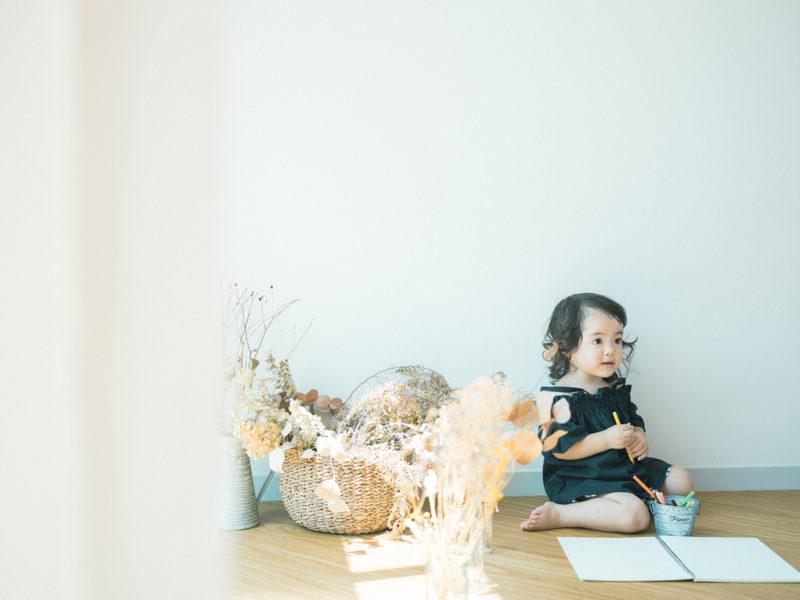 2歳バースデーフォト、こうちゃん!お絵かき