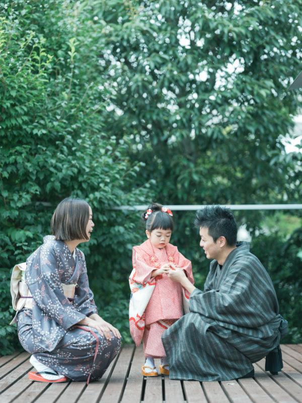 3歳七五三、みわちゃん!着物で家族写真