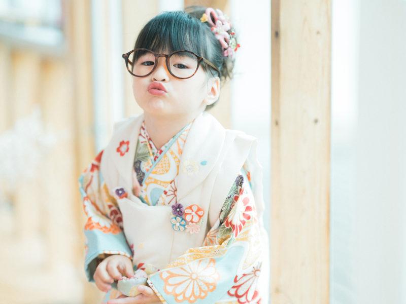 3歳七五三、ひなみちゃん!お洒落メガネ