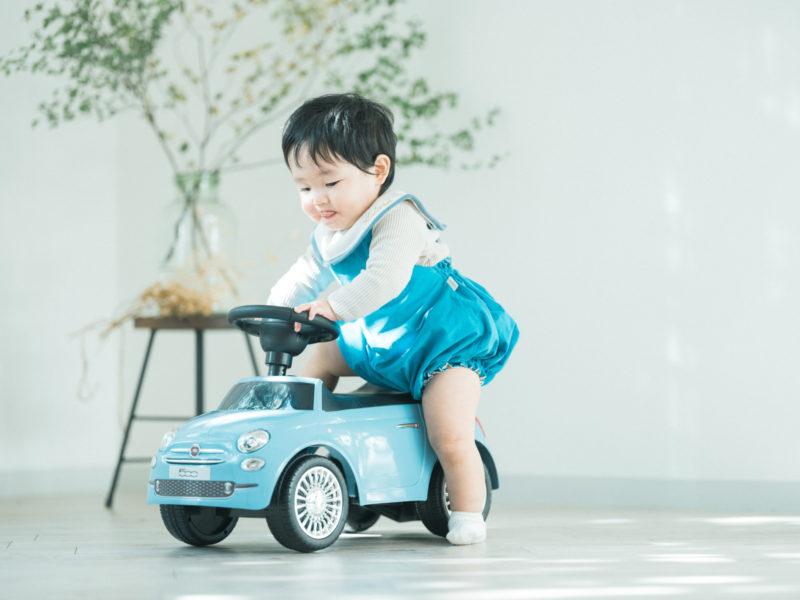 1歳バースデーフォト、こうたろうくん!FIAT 500 ブルーヴォラーレ
