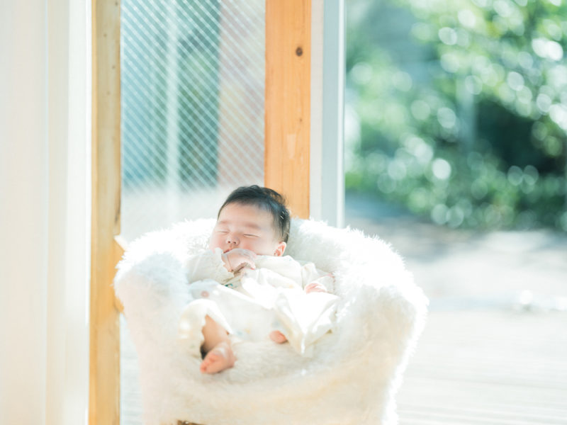 ゆっぴーお宮参り!寝顔、自然光とストロボ光