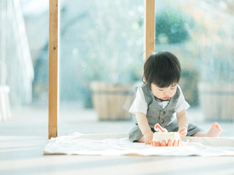 1歳バースデーフォト、ゆうちゃん!スマッシュケーキ