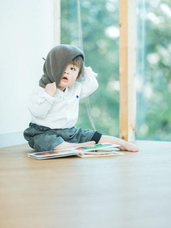 1歳バースデーフォト、たすくくん!お洒落な帽子、可愛い