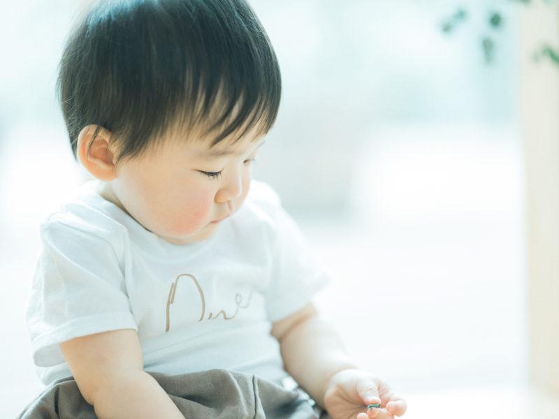 1歳バースデーフォト、かのんちゃん!横顔