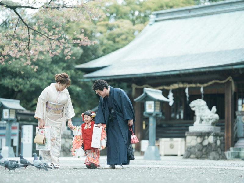 宇都宮二荒山神社、3歳七五三、ゆあちゃん!家族写真、鳩