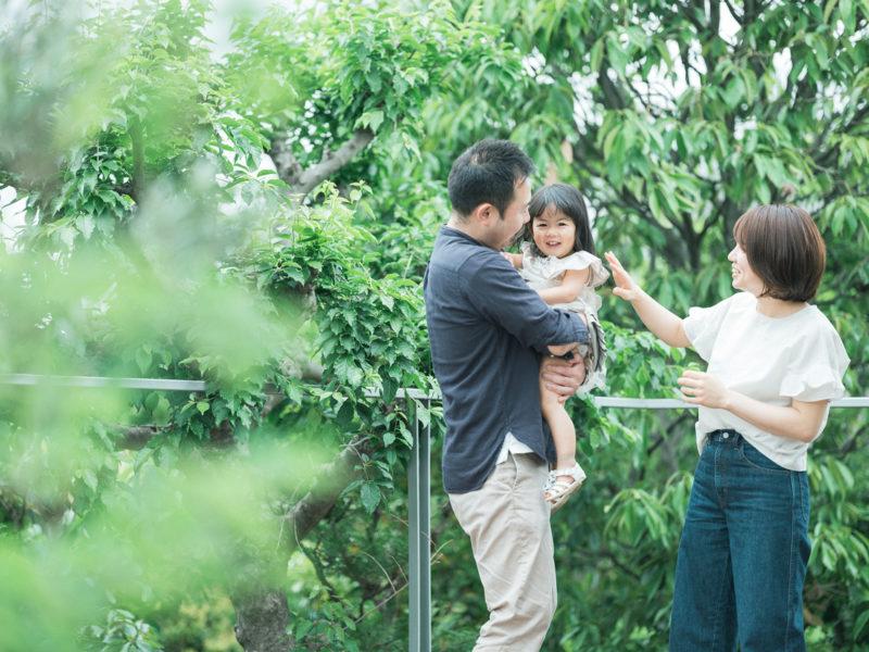 2歳バースデーフォト、ことちゃん!家族写真