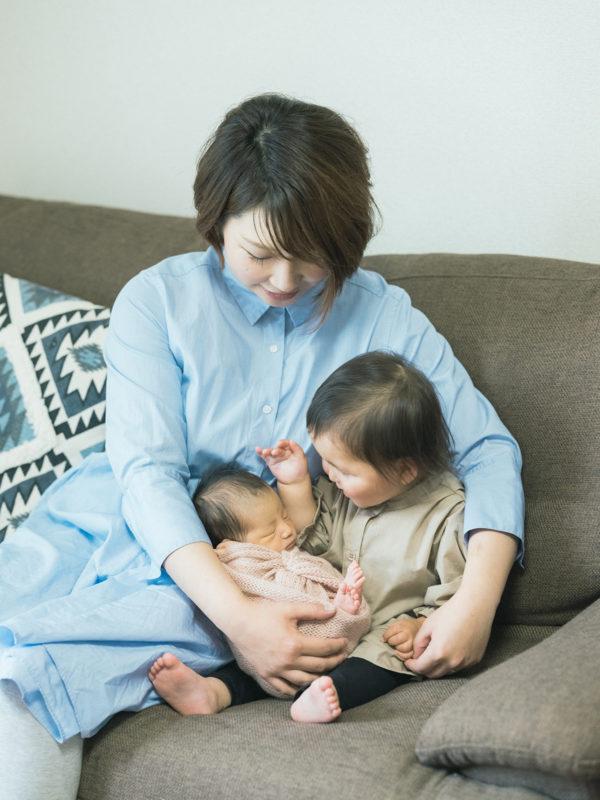 宇都宮市、自宅出張ニューボーンフォト、あおばちゃん!家族写真、姉妹