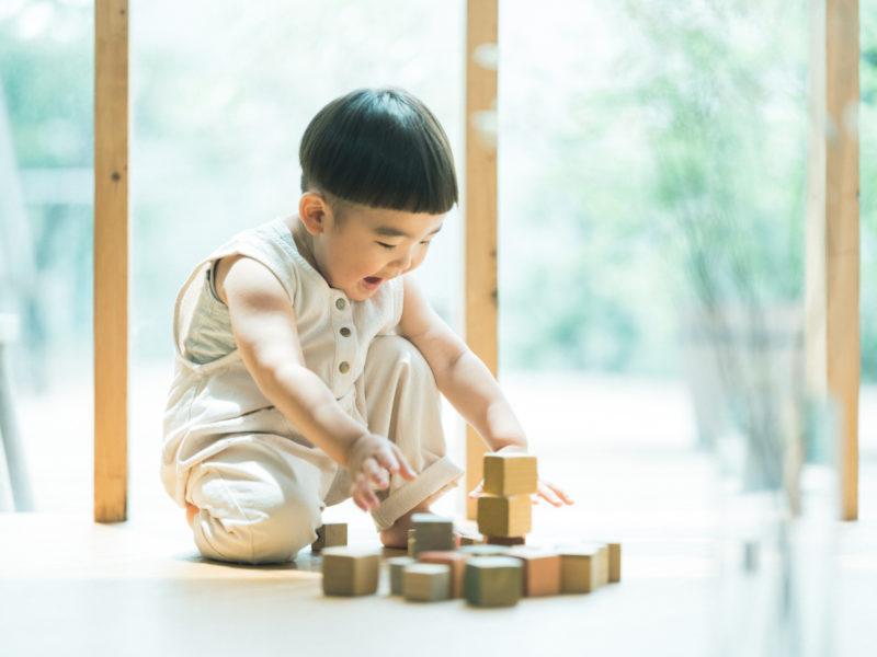 2歳バースデーフォト、むうくん!積み木、ナチュラル