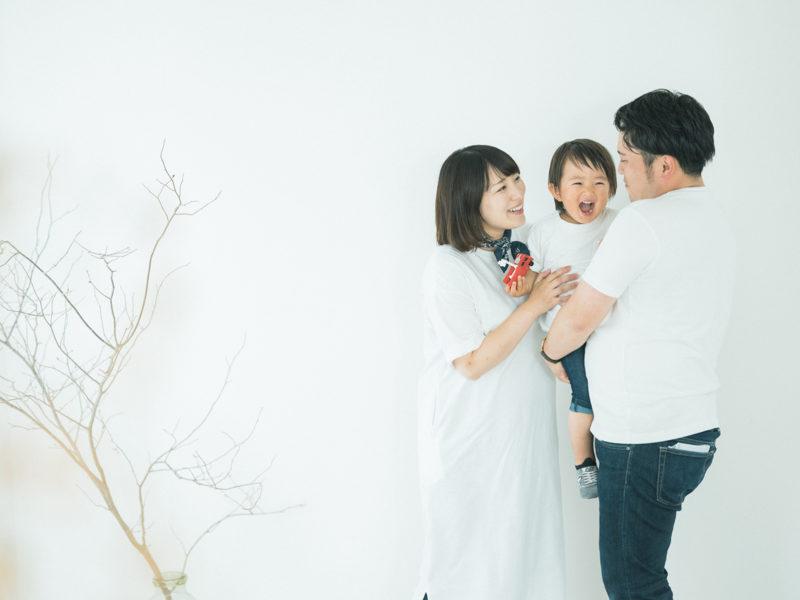 2歳バースデーフォト、しんちゃん!家族写真、ママはマタニティ