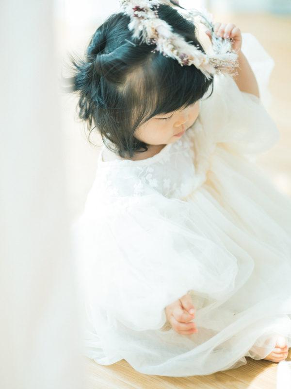 1歳バースデーフォト、さわちゃん!お洒落な花冠