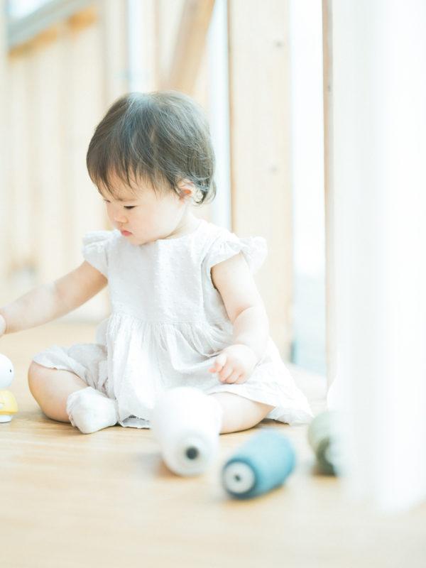 1歳バースデーフォト、のあちゃん!ロックミシンの糸