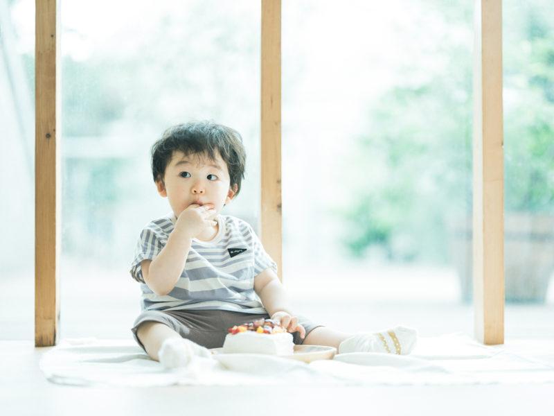 1歳バースデーフォト、いずみくん!スマッシュケーキ