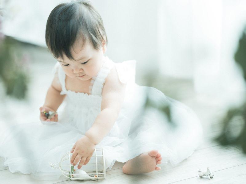 1歳バースデーフォト、らんちゃん!可愛いドレス