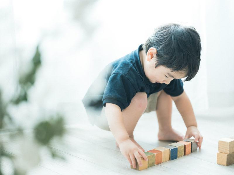 3歳バースデーフォト、りくくん!積み木