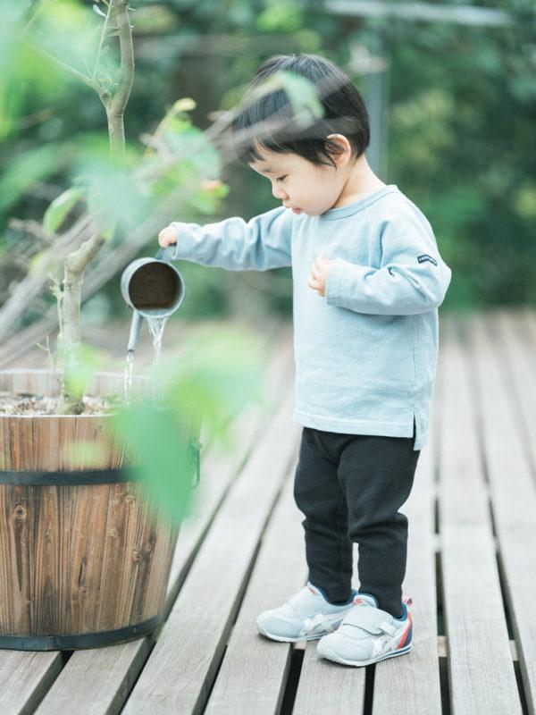 2歳バースデーフォト、たくしくん!水遊び