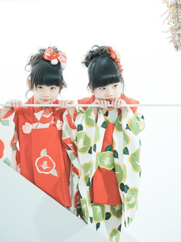 双子3歳七五三!モダンで可愛い着物、みはやちゃん、ちはやちゃん、可愛い