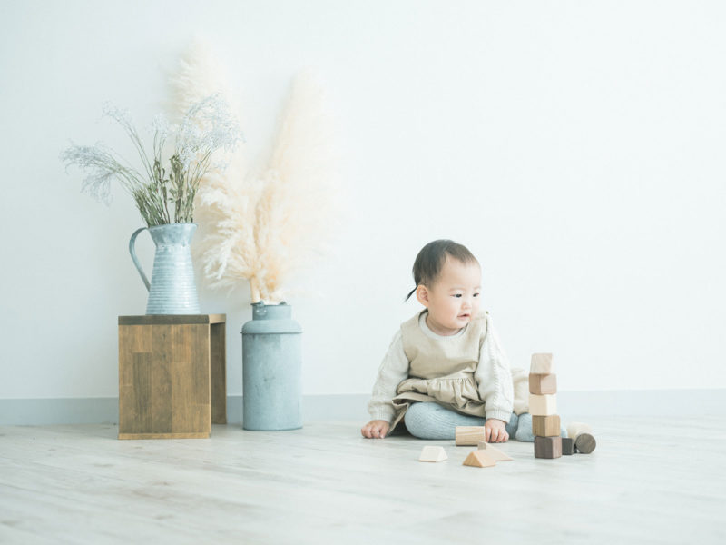 1歳バースデー、ゆなちゃん!無垢の積み木