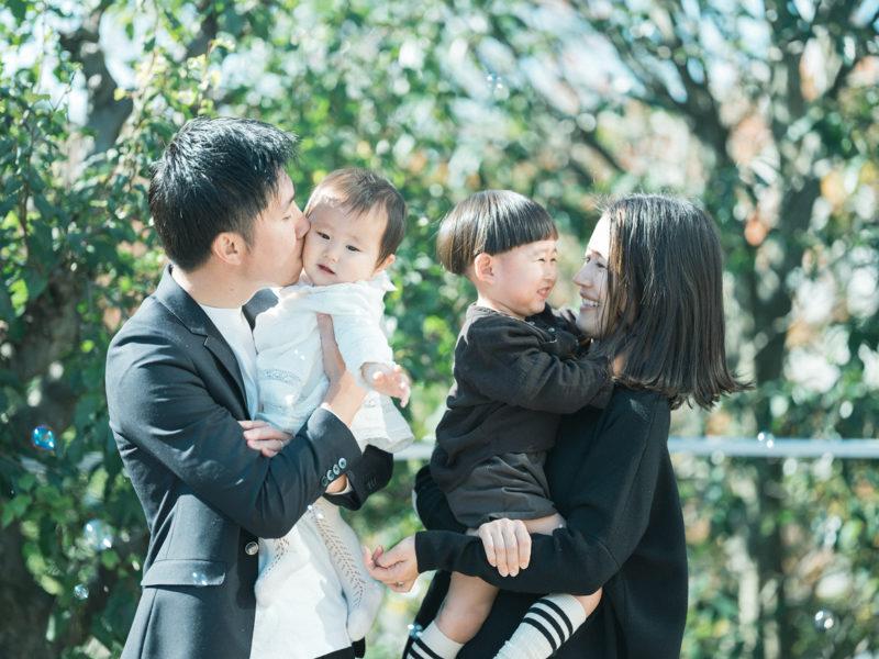 1歳バースデーフォト、りこちゃん!家族写真