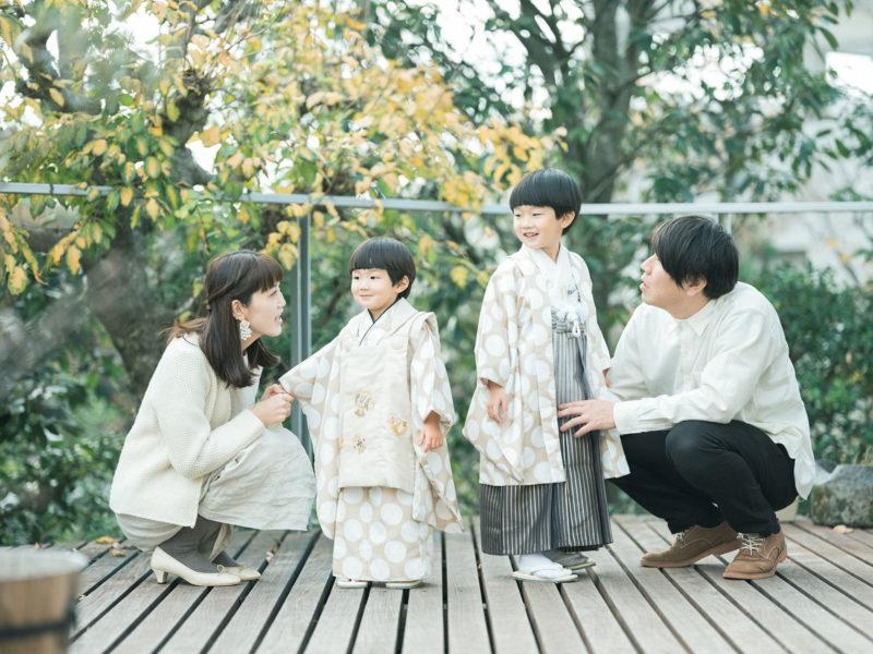 5歳、3歳男の子の七五三、はるくん、しゅうくん!家族写真