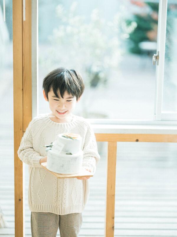 6歳バースデーフォト、ともきくん!クレイケーキ