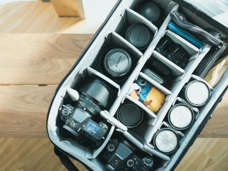 カメラバッグの中身、thinkTANKphoto Airport Security V3.0 + FUJIFILM Gマウントのシステム色々