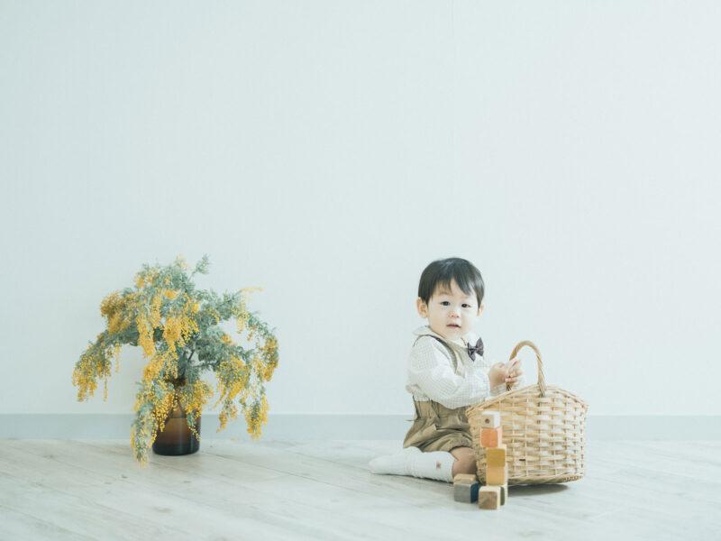 1歳バースデー、はるくん!積み木、ミモザ