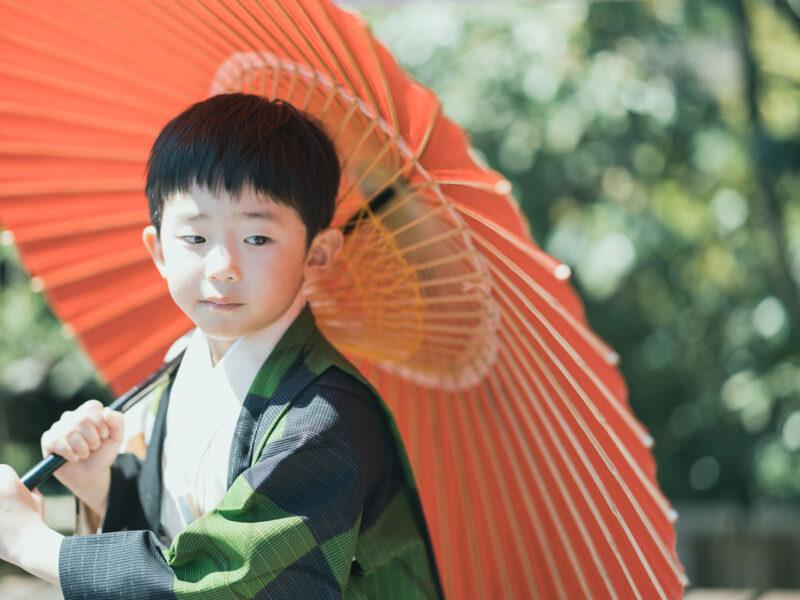 5歳七五三、そうくん!番傘