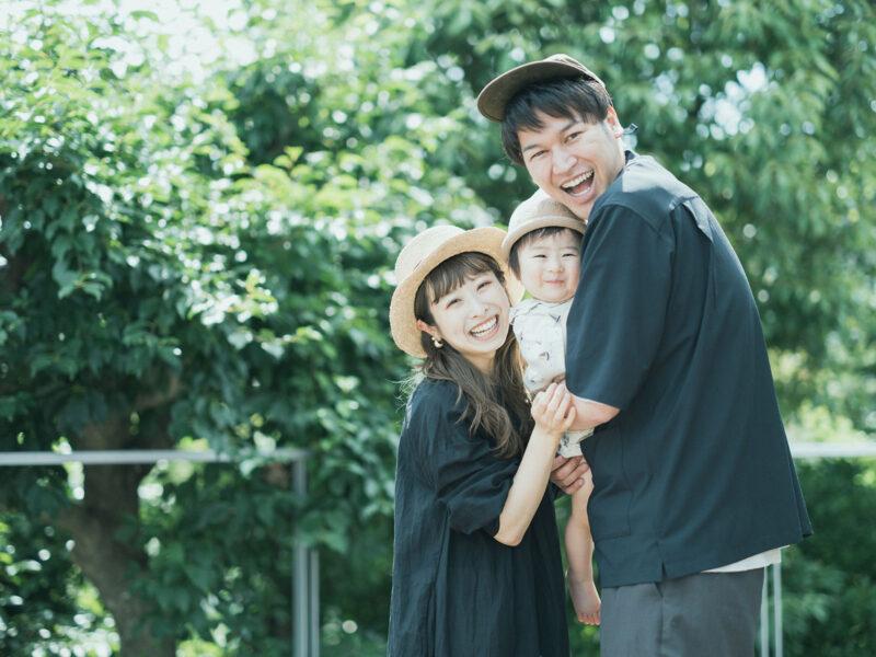 1歳バースデーフォト、たけまるくん!家族写真